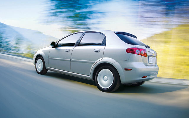 Chevrolet Optra, victime de la loi de la jungle ...