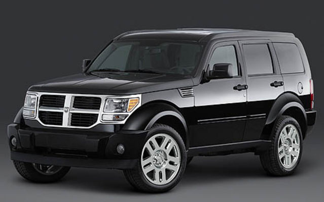 dodge nitro une premi re pour dodge dodge nitro 2007 guide auto. Black Bedroom Furniture Sets. Home Design Ideas