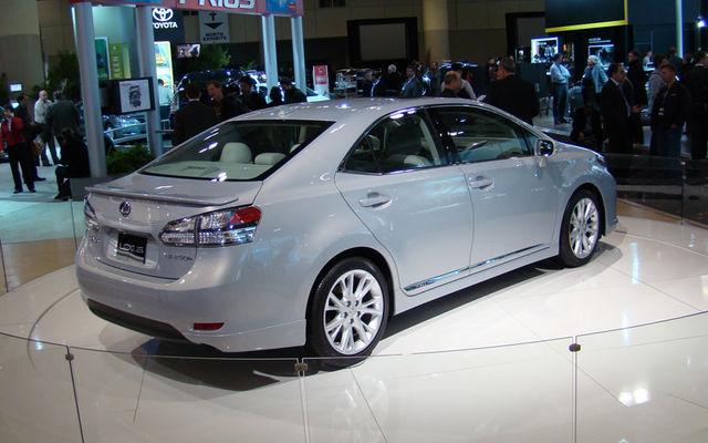 2008 Lincoln Mkt Concept. 2008 Suzuki B-King