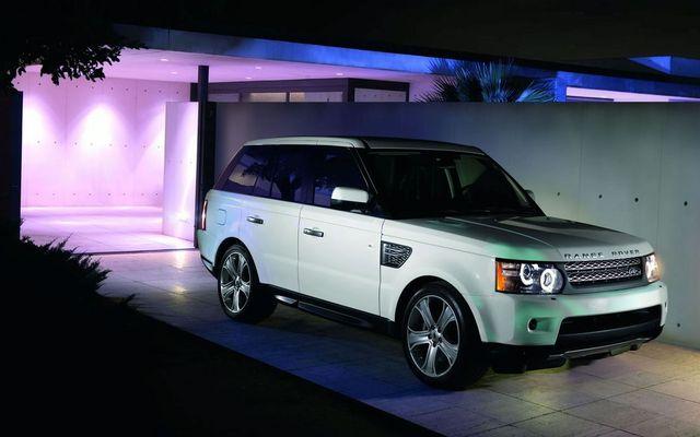 Kia Picanto 2010 Model. Range Rover Sport 2010