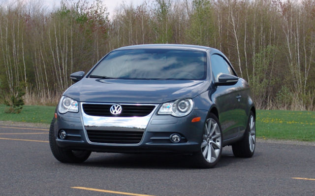 volkswagen eos 2009 vivre l 39 t au max guide auto. Black Bedroom Furniture Sets. Home Design Ideas