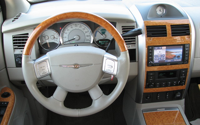 Chrysler Aspen 2009, départ trop hâtif