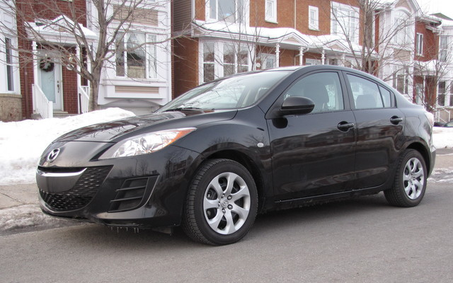 mazda3 gx berline 2010 2 000 kilom tres plus tard mazda 3 2010 guide auto. Black Bedroom Furniture Sets. Home Design Ideas