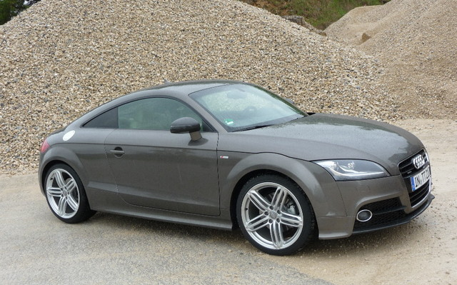 Audi Tt 2011 Still Beautiful Better Performance Review