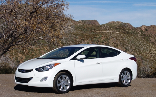 2011 Hyundai Elantra A Quick Look Review The Car Guide