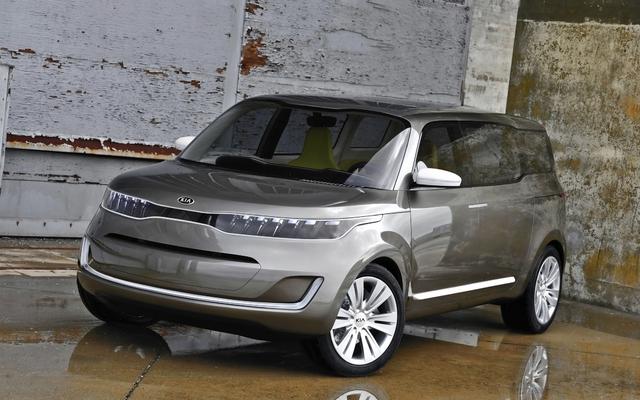 2011 Kia Kv7 Concept. Kia KV7 concept showcases