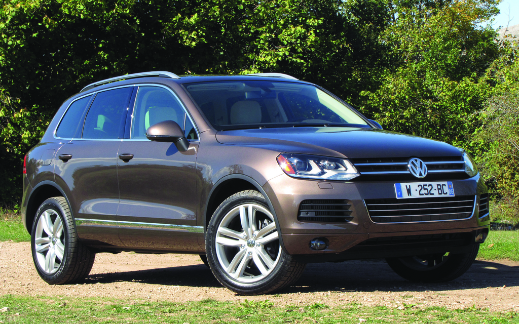volkswagen touareg 2012 revu et bien corrig guide auto. Black Bedroom Furniture Sets. Home Design Ideas