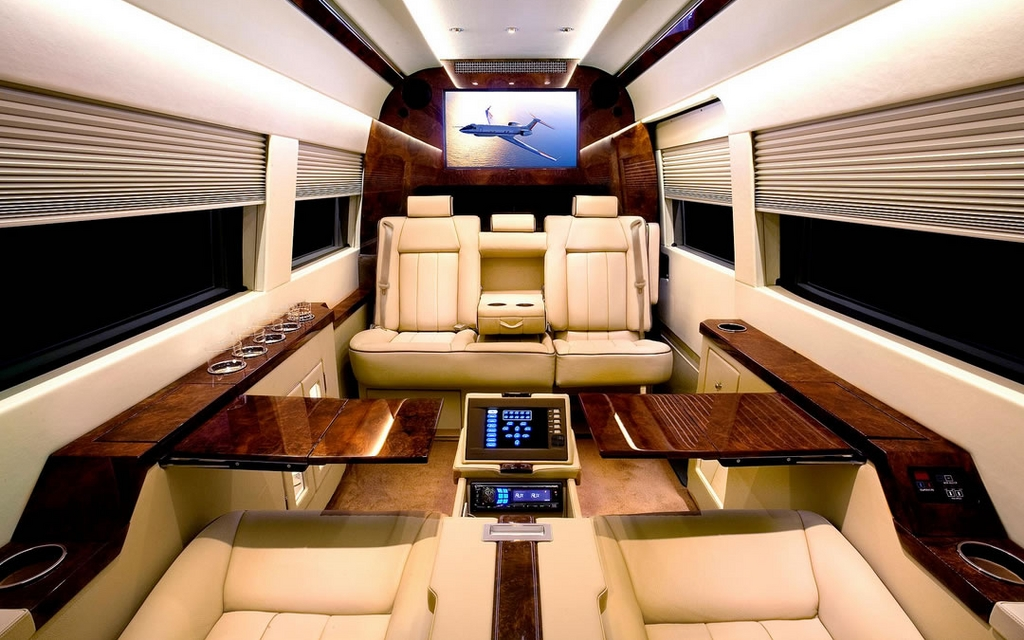 mercedes benz sprinter jetvan tout du jet priv sur quatre roues mercedes benz sprinter 2012. Black Bedroom Furniture Sets. Home Design Ideas