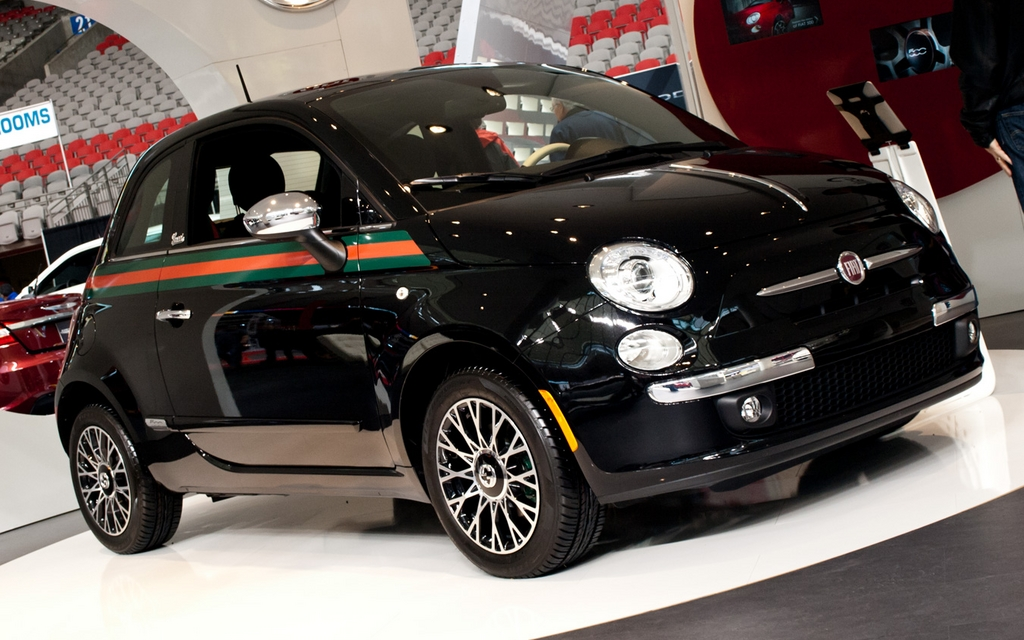 fiat 500 gucci 2013 galerie photo 8 26 le guide de l 39 auto. Black Bedroom Furniture Sets. Home Design Ideas