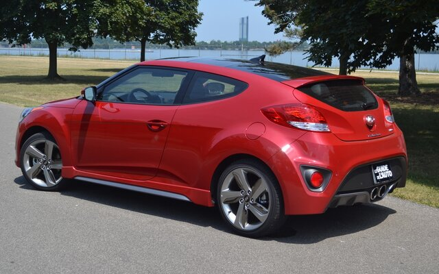 Went looking at cars today - Page 2 104758_2013_Hyundai_Veloster