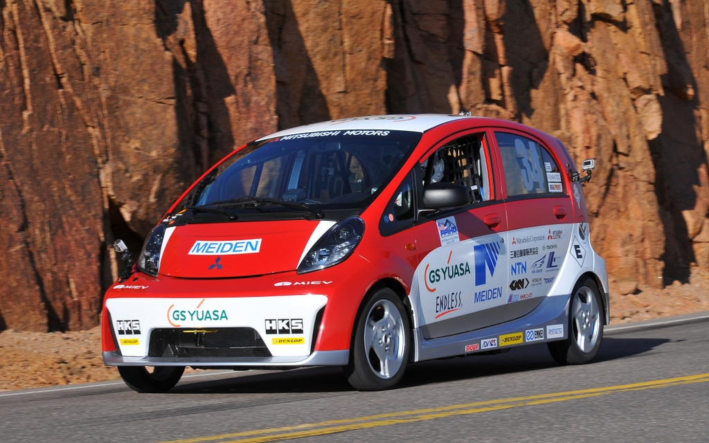 News Mitsubishi I Miev Evolution Scores An Impressive 2nd Place Finish In Its 2012 Pikes Peak