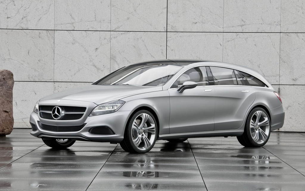 News 2013 mercedes benz cls shooting brake debuts in for 2013 mercedes benz cls class