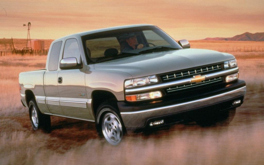 1999 Chevrolet K1500 4x4 Silverado Picture Gallery