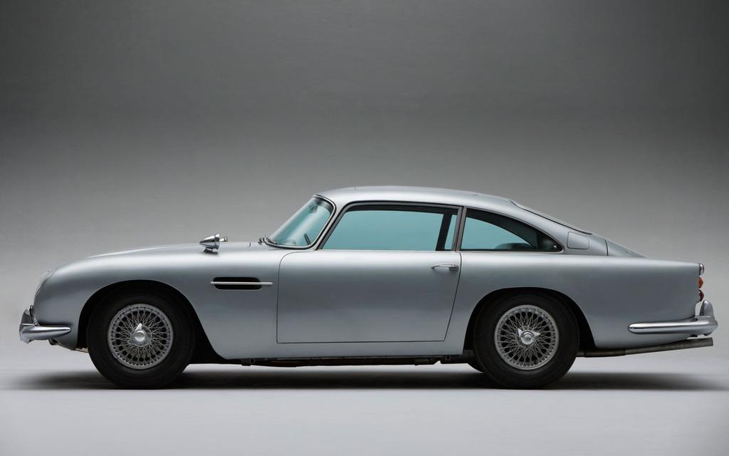 James Bond Skyfall Cars Used