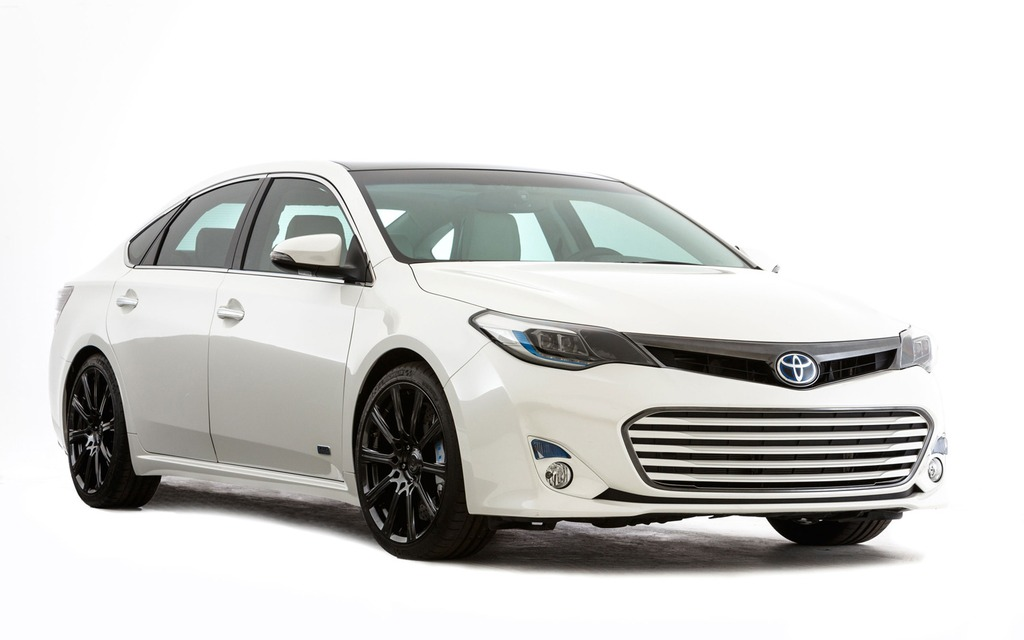 toyota to bring three hot rod avalons to sema 2013 toyota avalon the car guide. Black Bedroom Furniture Sets. Home Design Ideas