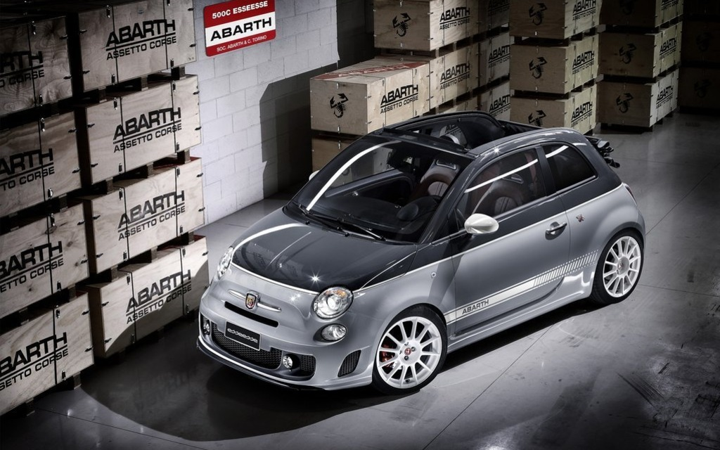 Los Angeles 2013 Fiat 500 Abarth Coupe And Convertible