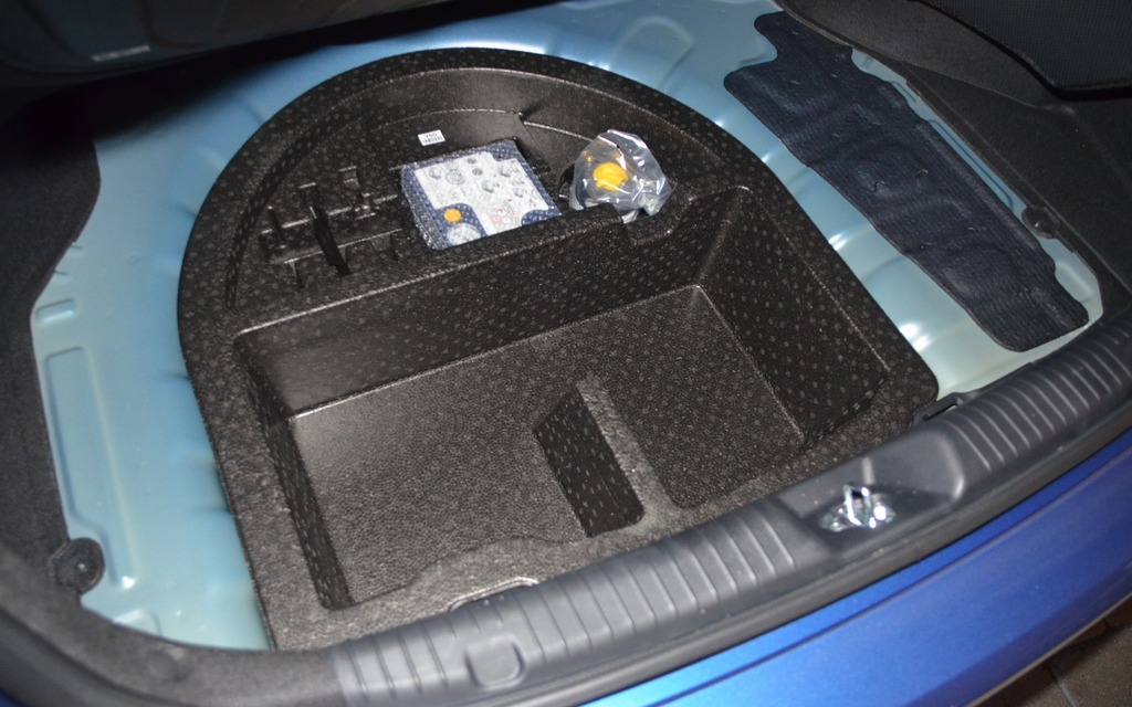 2014 Hyundai Elantra Spare Tire Location Autos Post