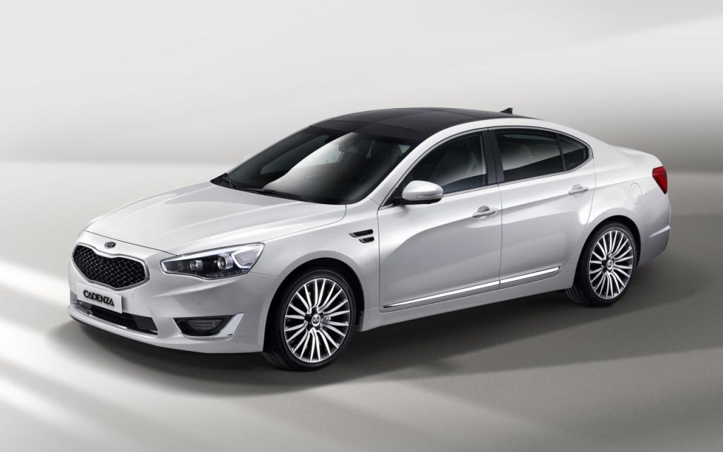 Kia Cadenza 2014 : One notch above the Optima