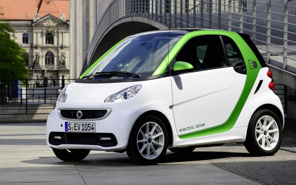 actualit smart fortwo electric drive la possibilit de louer une batterie smart fortwo. Black Bedroom Furniture Sets. Home Design Ideas