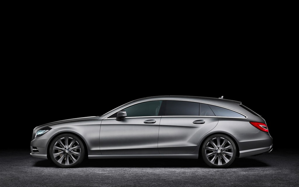 Mercedes benz cla shooting brake l horizon mercedes for 2 5 million mercedes benz