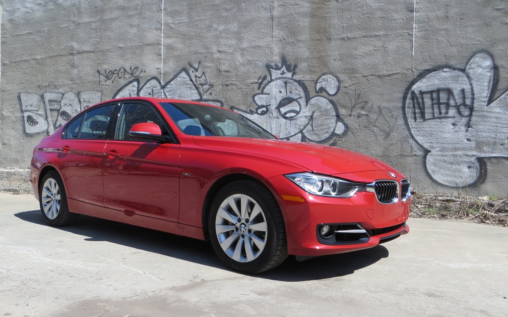 2013 bmw 335i xdrive bmw 39 s all around mvp review 2013 bmw 3 series the car guide. Black Bedroom Furniture Sets. Home Design Ideas