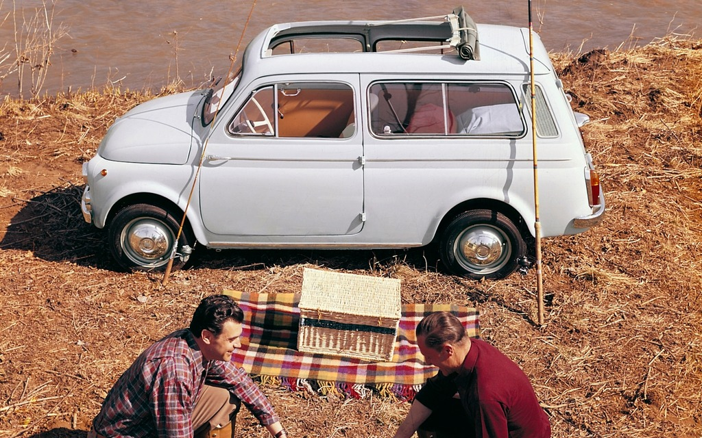 1960 fiat 500 giardiniera picture gallery photo 12 32 the car guide. Black Bedroom Furniture Sets. Home Design Ideas