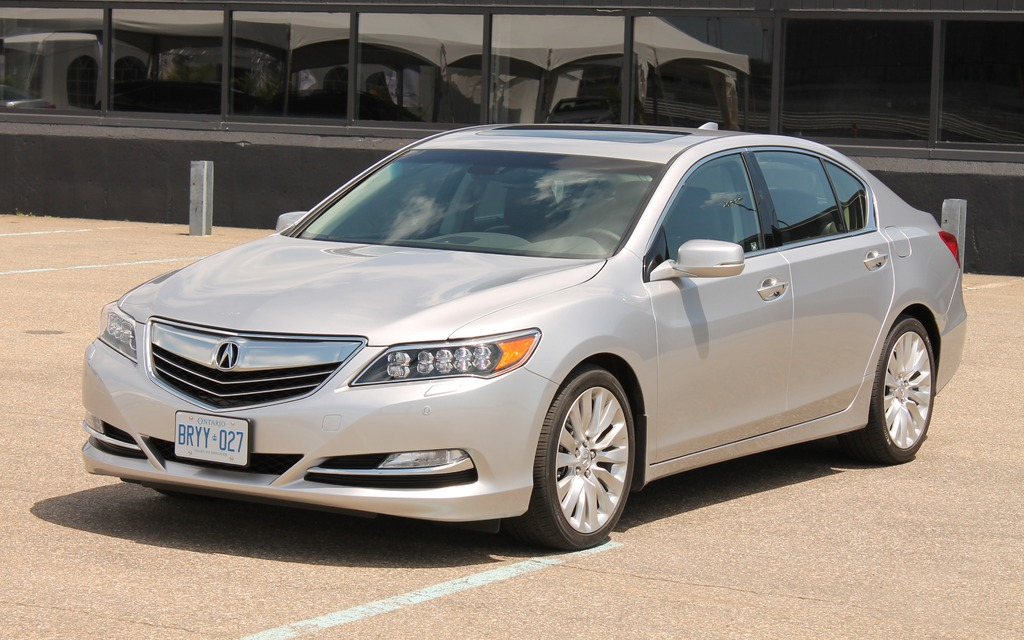 2014 acura rlx the new rlx has claws review the car. Black Bedroom Furniture Sets. Home Design Ideas