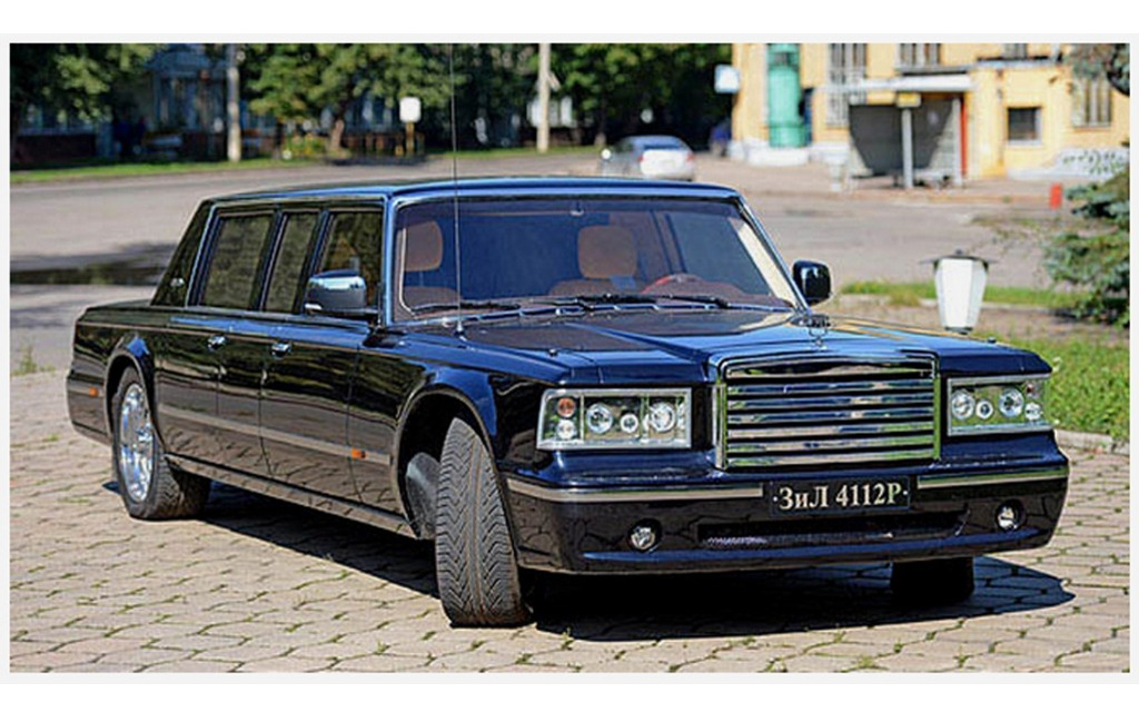actualit vladimir poutine se cherche une limousine produite en russie le guide de l 39 auto. Black Bedroom Furniture Sets. Home Design Ideas