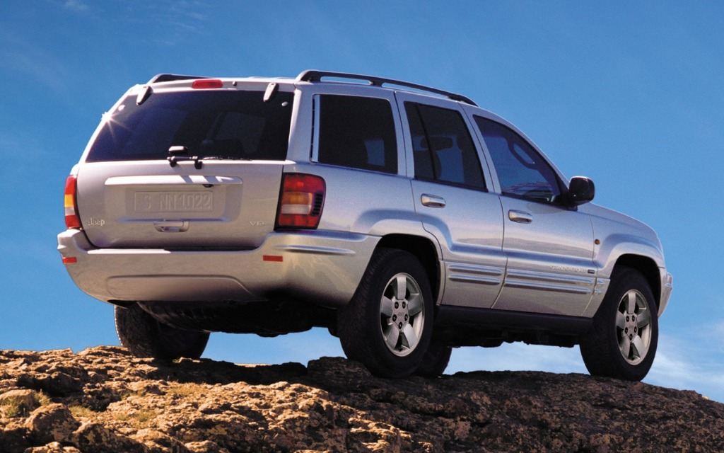 Chrysler and the NHTSA still have not closed the book on the fire safety investigation of the Jeep Grand Cherokee and Jeep Liberty SUVs.