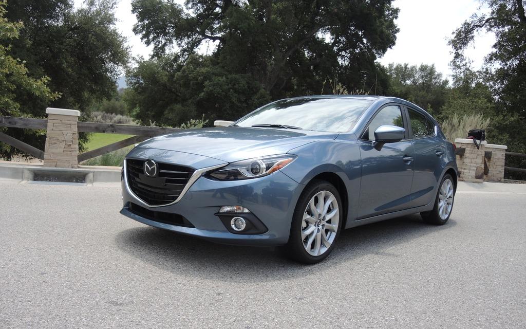 131502_2014_Mazda_Mazda3.jpg
