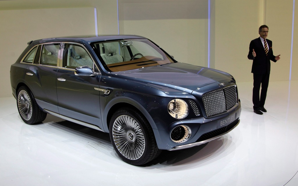 new models bentley suv to go on sale in 2016 2016 bentley concept the car guide. Black Bedroom Furniture Sets. Home Design Ideas