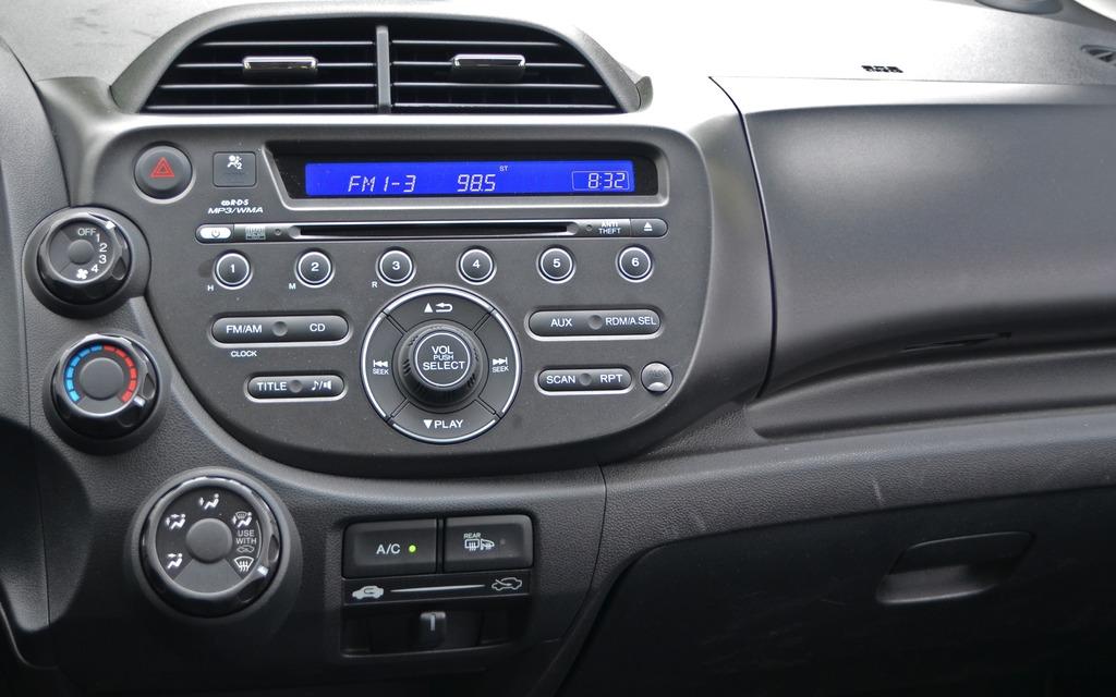 Pour fermer ou ouvrir la radio on est toujours port for Radio pour ouvrir porte