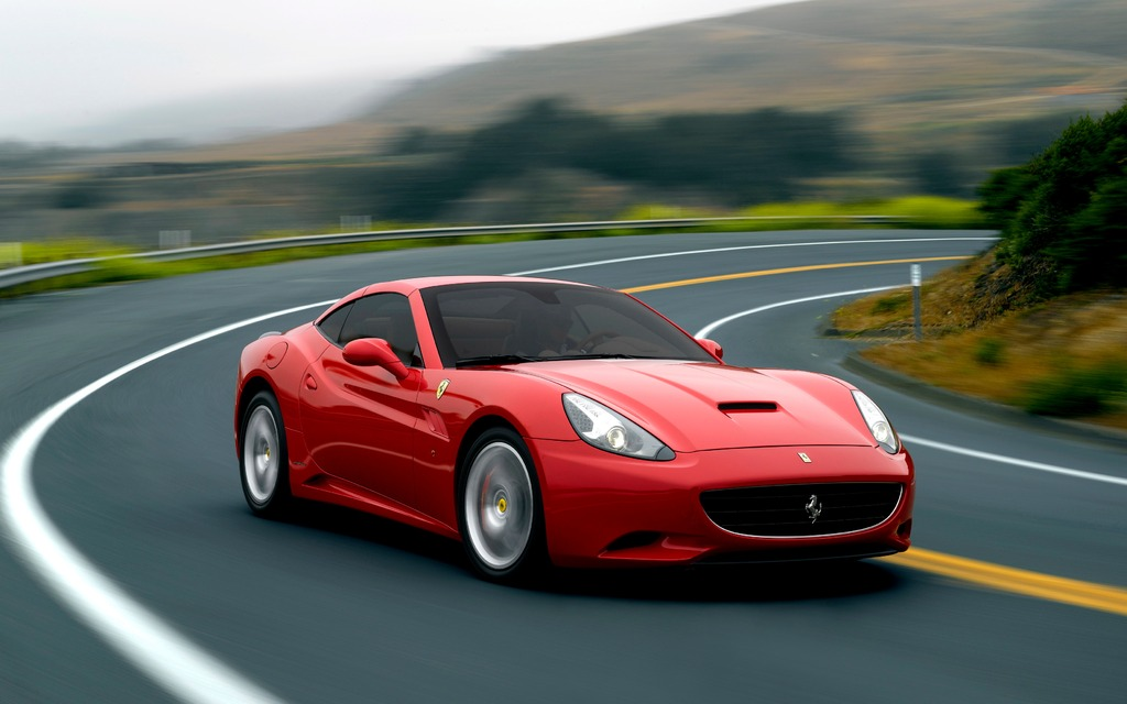 2014 Ferrari California: Special Handling Package - Review - The Car