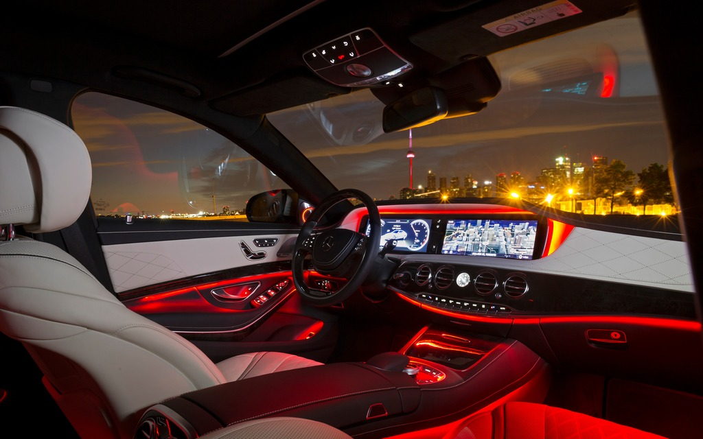 2014 Mercedes Benz S Class Led Interior Lighting Picture Gallery Photo 14 23 The Car Guide
