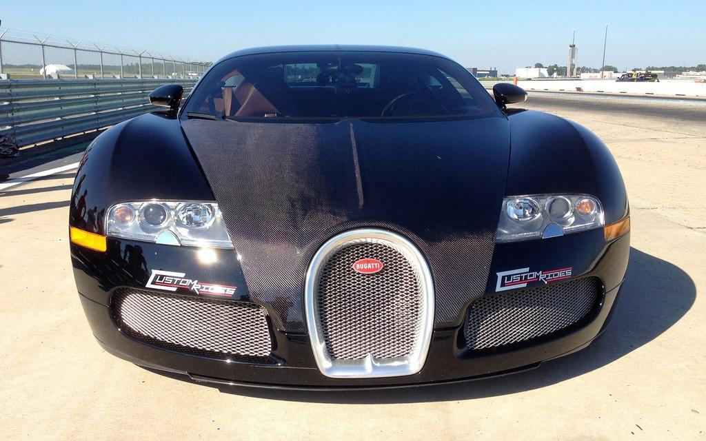 bugatti veyron cr un monstre de 1 500 chevaux l 39 essai guide auto. Black Bedroom Furniture Sets. Home Design Ideas
