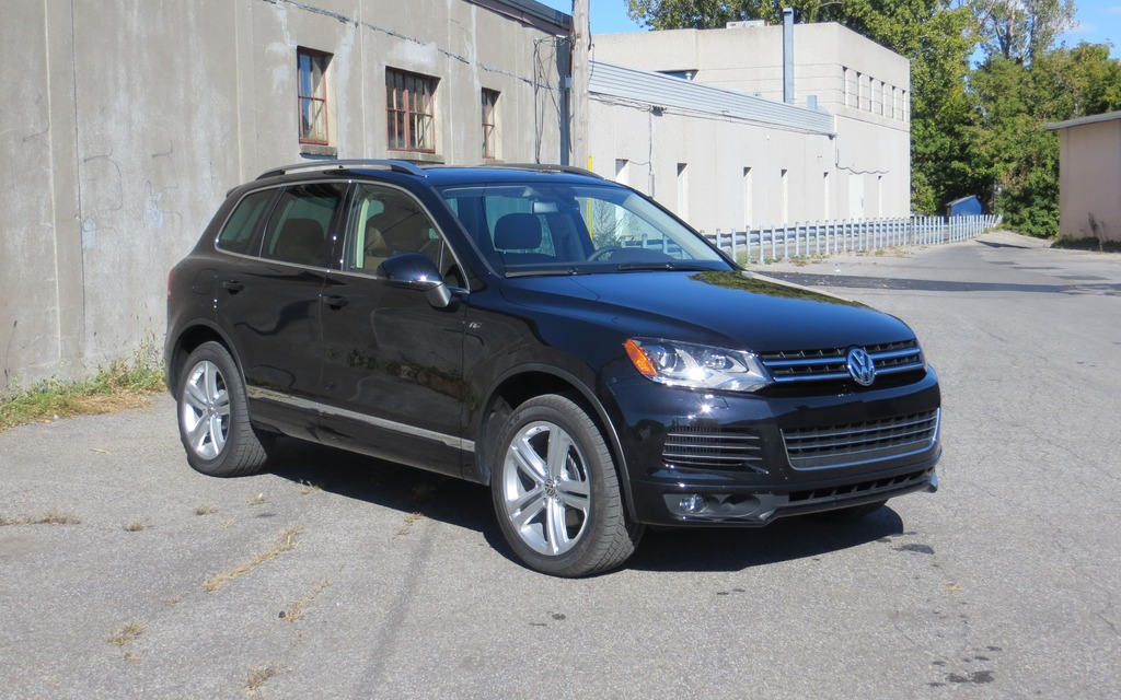 2014 volkswagen touareg tdi luxury take two review the car guide. Black Bedroom Furniture Sets. Home Design Ideas