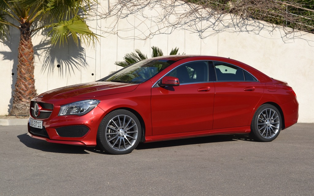 Mercedes benz cla250 4matic picture gallery photo 30 43 for Mercedes benz cla250 4matic