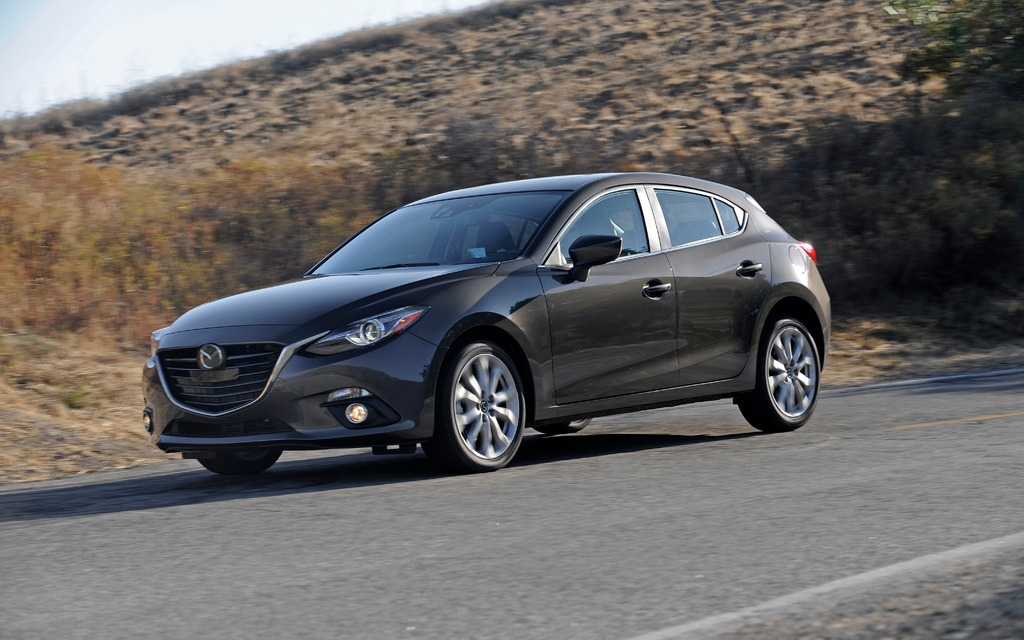 mazda3 2014 sport non elle n est pas bonne mazda 3 2015 guide auto. Black Bedroom Furniture Sets. Home Design Ideas