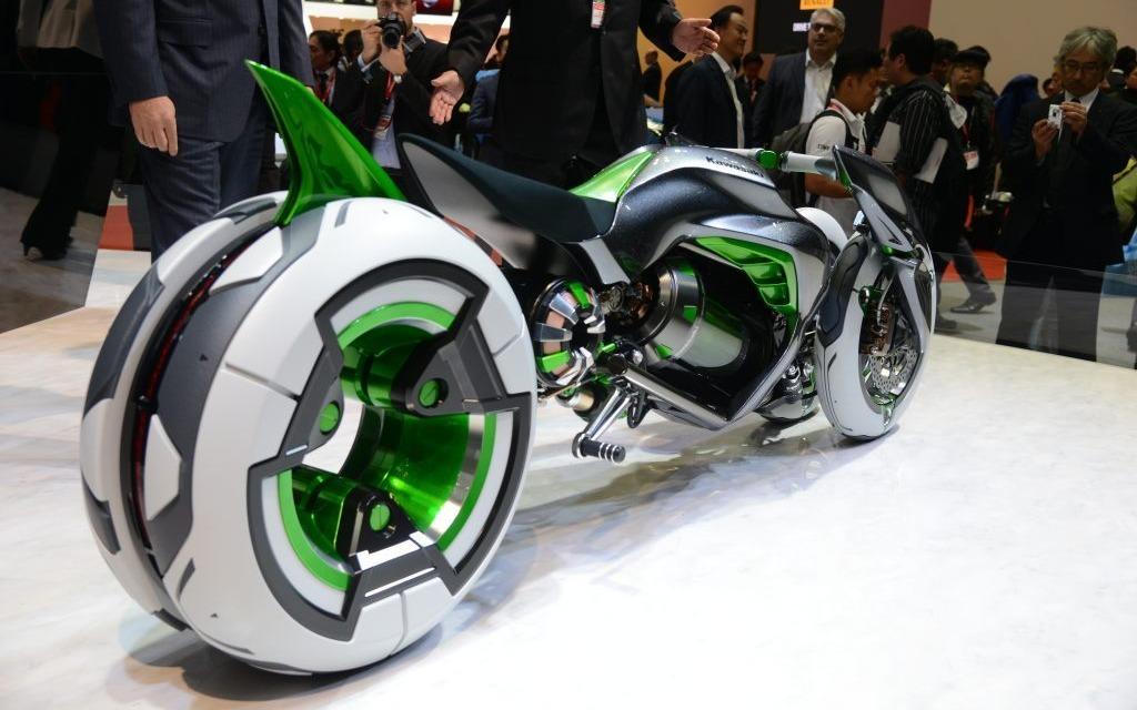 Vision du futur moto lectrique chez kawazaki galerie - Salon de la moto 2013 ...