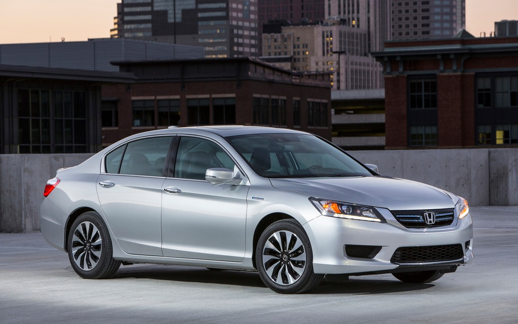 los angeles honda accord wins green car of the year 2014 honda accord the car guide. Black Bedroom Furniture Sets. Home Design Ideas
