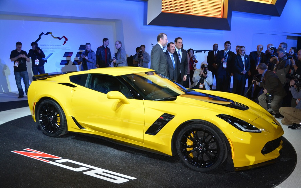 chevrolet corvette z06 2015 au salon de l auto de d troit guide auto. Black Bedroom Furniture Sets. Home Design Ideas
