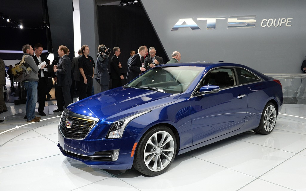 news cadillac launches the ats coupe at the detroit auto show. Black Bedroom Furniture Sets. Home Design Ideas