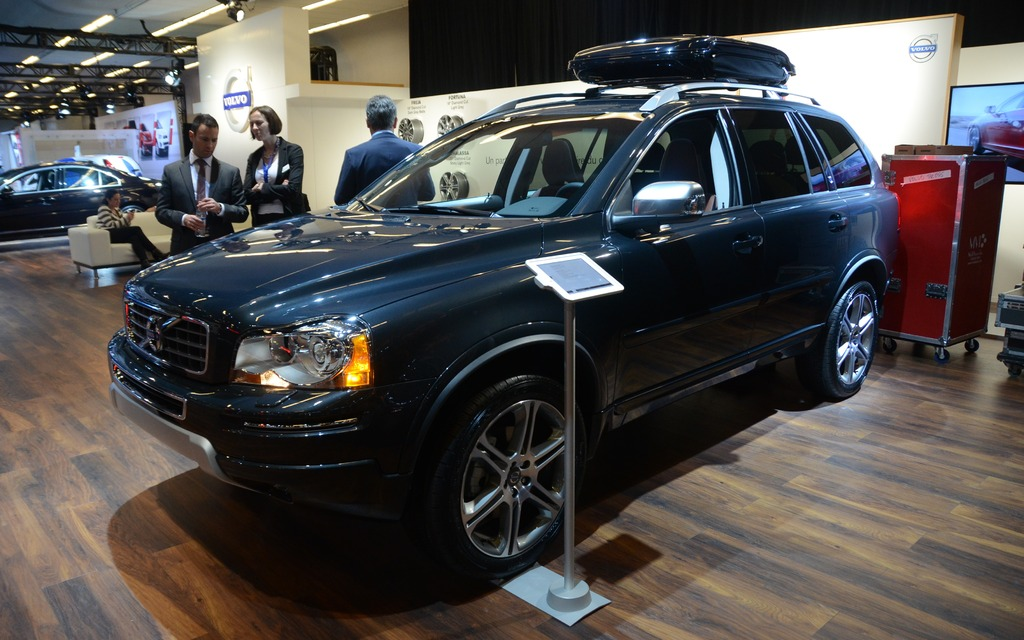 2 volvo xc90 the full size suv has aged fairly well but for a vehicle first introduced in. Black Bedroom Furniture Sets. Home Design Ideas