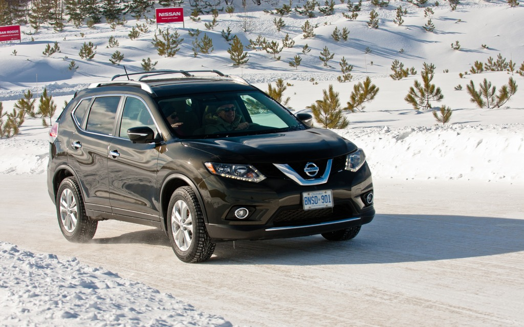 how to add app nissan rogue
