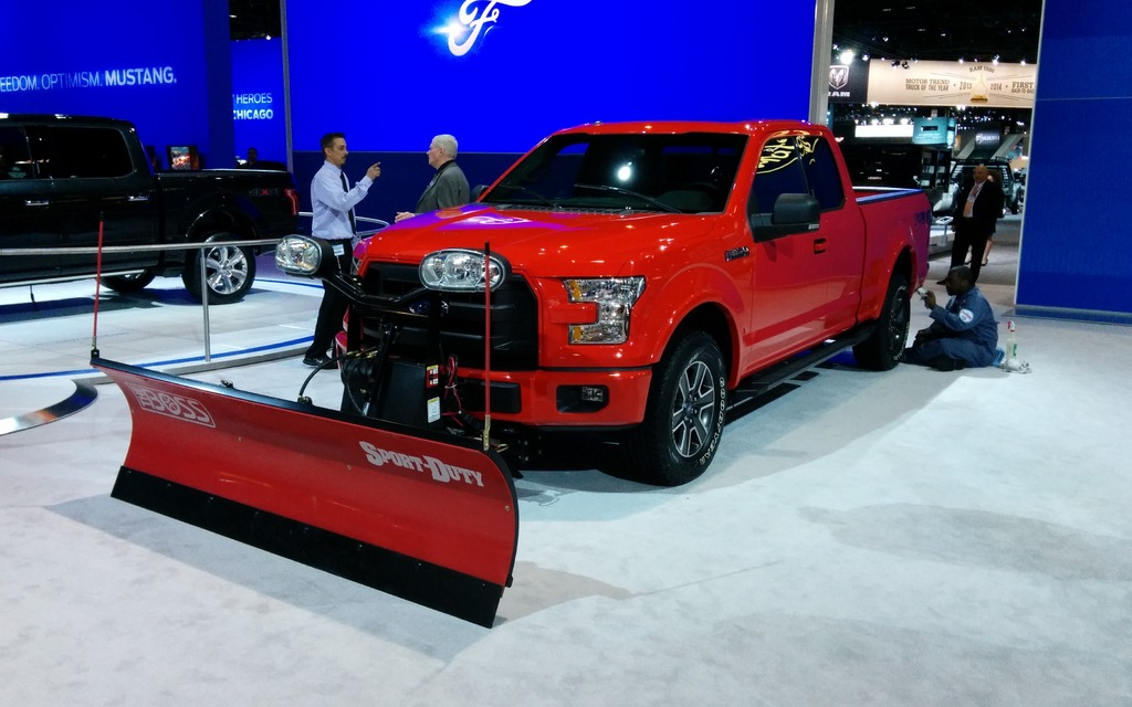 2015 Ford F-150 Equipped With a Snow Plow - The Car Guide