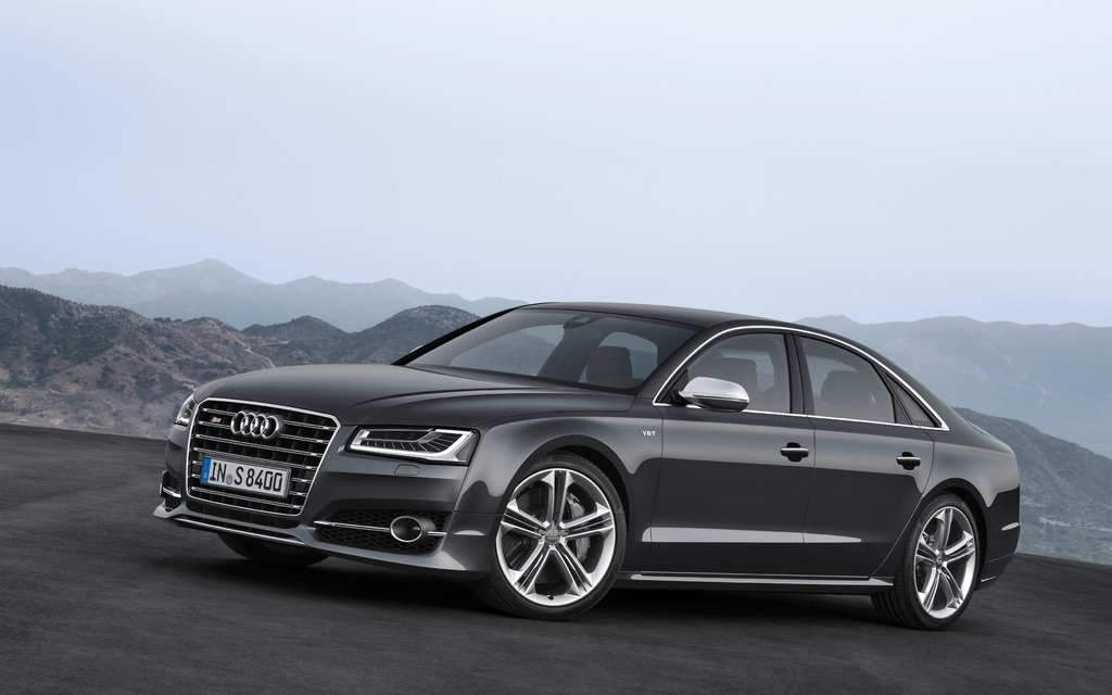 2015 audi s8 picture gallery photo 3 40 the car guide. Black Bedroom Furniture Sets. Home Design Ideas