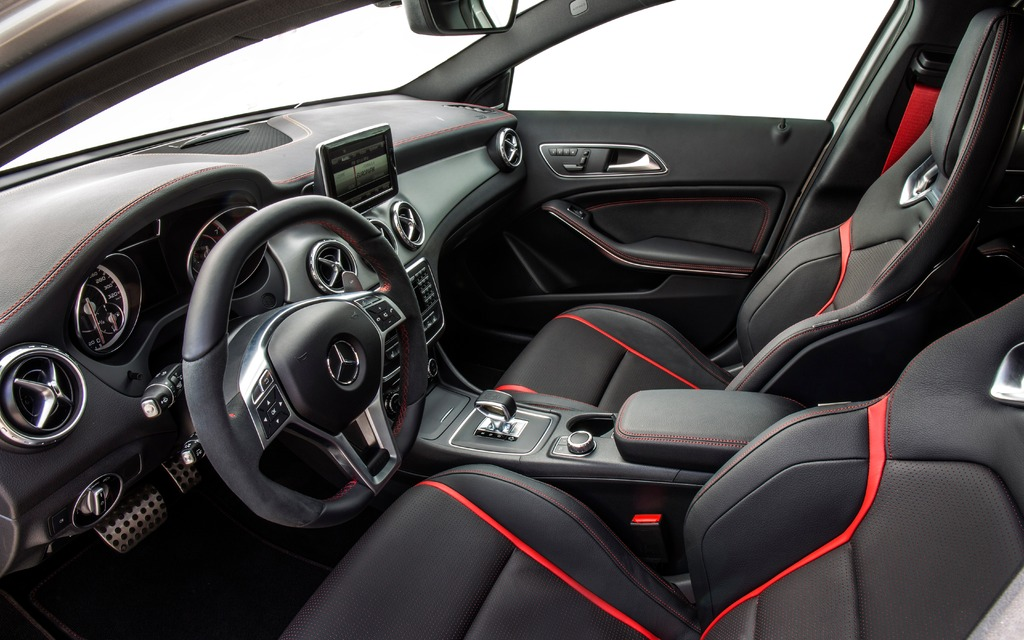 2015 Mercedes Benz Gla 45amg Gear Shifter Exclusive To