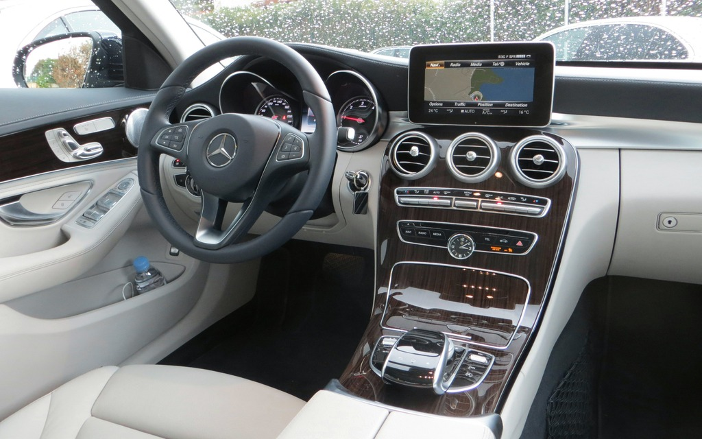 Preview for Mercedes classe c interieur