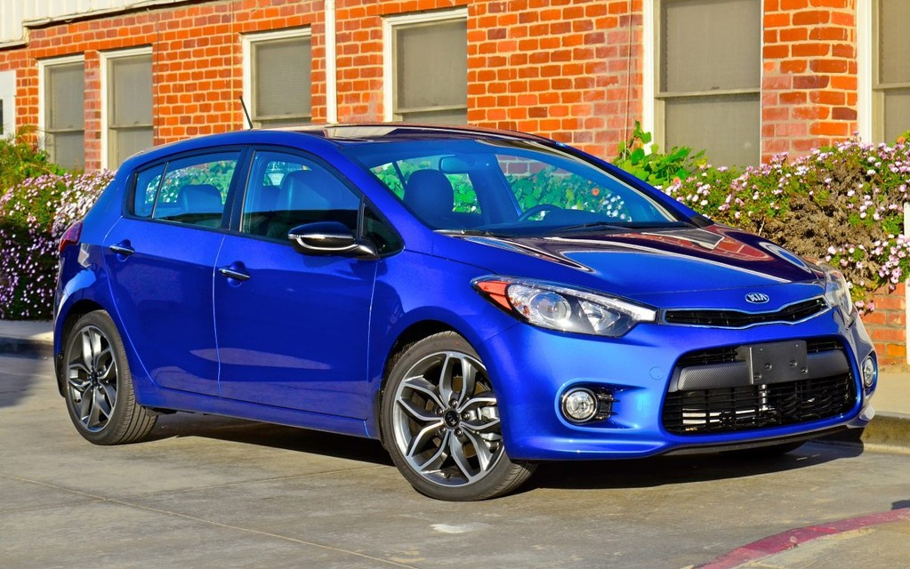 2014 kia forte5 handy and handsome review the car guide. Black Bedroom Furniture Sets. Home Design Ideas