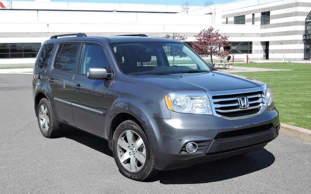 2014 honda pilot will it stay or will it go review the car guide. Black Bedroom Furniture Sets. Home Design Ideas